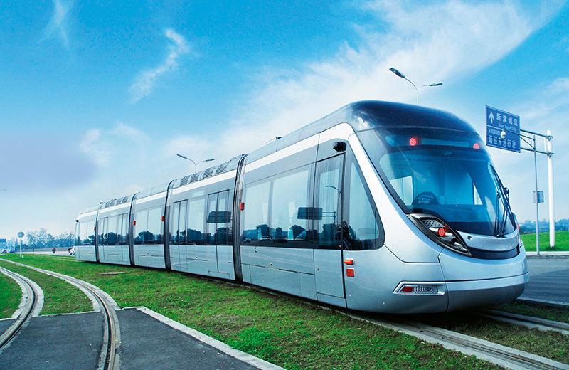 100%低地板现代有轨电车在R1线运行