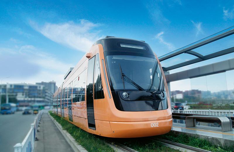 70%低地板现代有轨电车在新津R1线