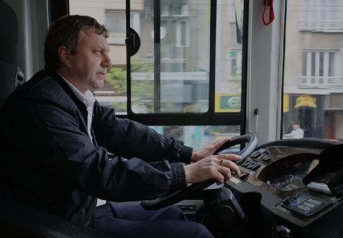 中国超级电容公交车驶进塞尔维亚