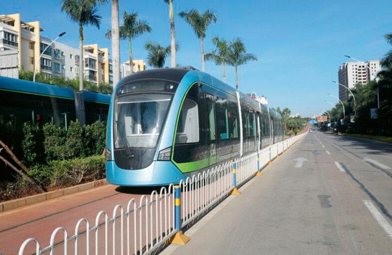 云南红河滇南线超级电容现代有轨电车