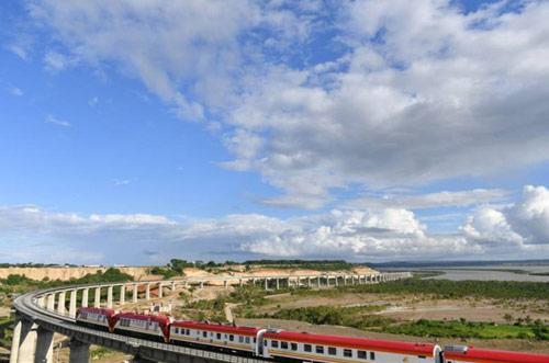 肯尼亚蒙内铁路